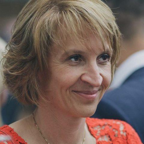 Evelyne Favart